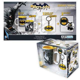 DC COMICS - Bögre + Kulcstartó + Kitűzők - Batman (460ml) AJÁNDÉKTÁRGY