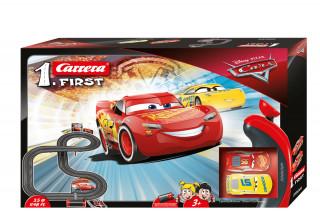 Carrera First: Disney Verdák 3,5m versenypálya autókkal AJÁNDÉKTÁRGY