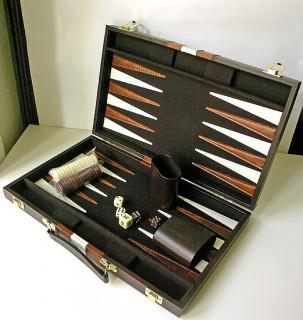 Backgammon - barna műbőr koffer (46x30cm) - 604170 Ajándéktárgyak