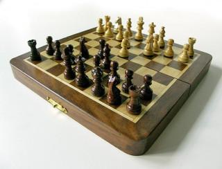Fa sakk-készlet mágneses 17x9x4cm - 670940 Ajándéktárgyak