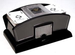 Elektromos kártyakeverõgép, mûanyag - 750359 Ajándéktárgyak