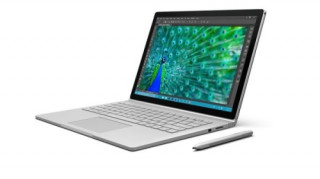 Surface Book 128GB i5 8GB GPU Britt Angol QWERTY Tablet
