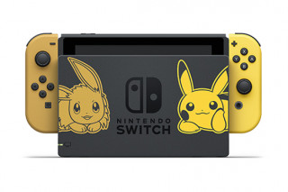 Nintendo Switch + Pokémon Let's Go Pikachu! Nintendo Switch